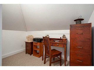 """Photo 12: A&B 120 W 17TH Street in North Vancouver: Central Lonsdale Condo for sale in """"THE OLD COLONOY"""" : MLS®# V1035638"""