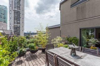 Photo 3: 411 1106 PACIFIC STREET in Vancouver: West End VW Condo for sale (Vancouver West)  : MLS®# R2087132