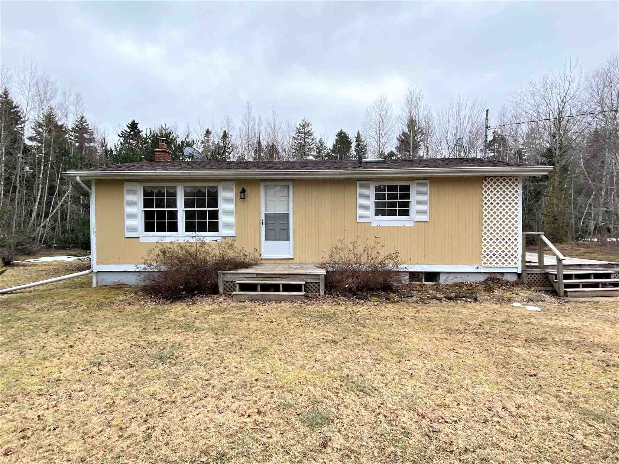 Main Photo: 7272 #6 Highway in Three Brooks: 108-Rural Pictou County Residential for sale (Northern Region)  : MLS®# 202106450