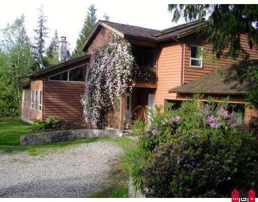 Main Photo: 7005 HINKLEY RD in Chilliwack: Eastern Hillsides House for sale : MLS®# H2603184