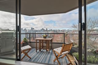 """Photo 28: 510 1490 PENNYFARTHING Drive in Vancouver: False Creek Condo for sale in """"Harbour Cove"""" (Vancouver West)  : MLS®# R2618903"""