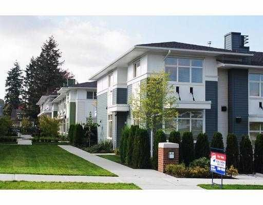 """Main Photo: 21 6539 ELGIN Avenue in Burnaby: Forest Glen BS Townhouse for sale in """"OAKWOOD"""" (Burnaby South)  : MLS®# V687530"""