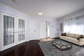 Photo 3: 2542 17 Avenue SW in Calgary: Shaganappi Row/Townhouse for sale : MLS®# A1095338
