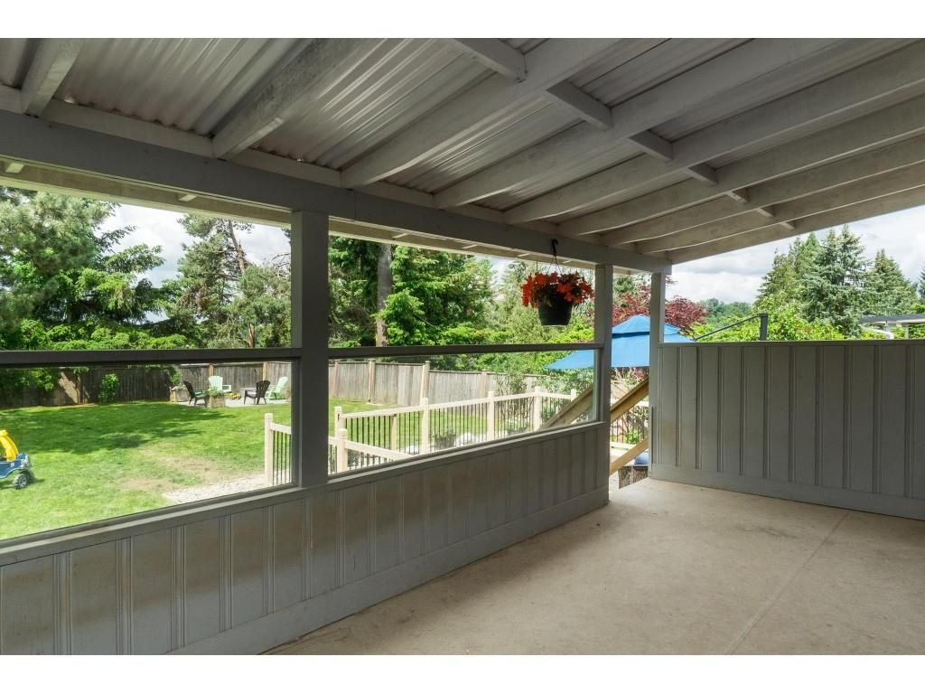 """Photo 33: Photos: 2669 VALEMONT Crescent in Abbotsford: Abbotsford West House for sale in """"West Clearbrook"""" : MLS®# R2460646"""