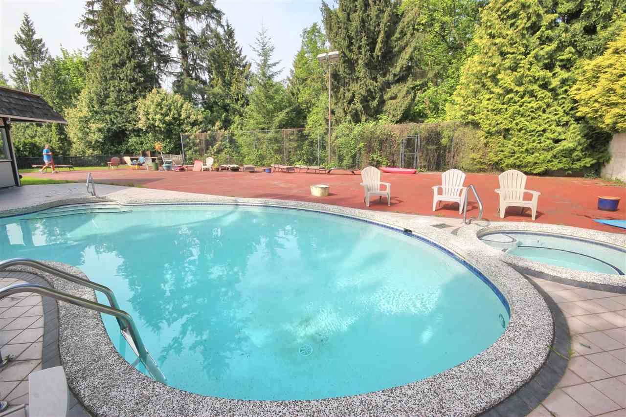 Photo 16: Photos: 4807 PATRICK PLACE in Burnaby: South Slope House for sale (Burnaby South)
