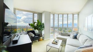 """Main Photo: 1604 4028 KNIGHT Street in Vancouver: Knight Condo for sale in """"KING EDWARD VILLAGE"""" (Vancouver East)  : MLS®# R2628920"""