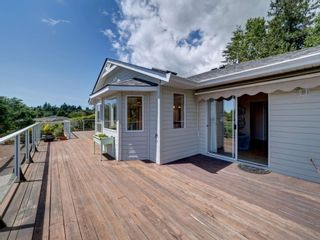 Photo 8: 6196 BAILLIE Road in Sechelt: Sechelt District House for sale (Sunshine Coast)  : MLS®# R2593988
