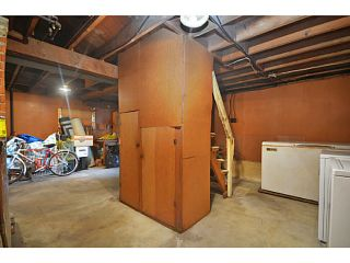 "Photo 11: 2526 VENABLES Street in Vancouver: Renfrew VE House for sale in ""Renfrew/East Village"" (Vancouver East)  : MLS®# V1014686"