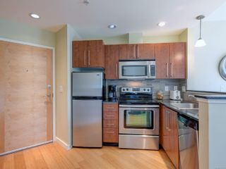 Photo 5: 311 611 Brookside Rd in : Co Latoria Condo for sale (Colwood)  : MLS®# 884839