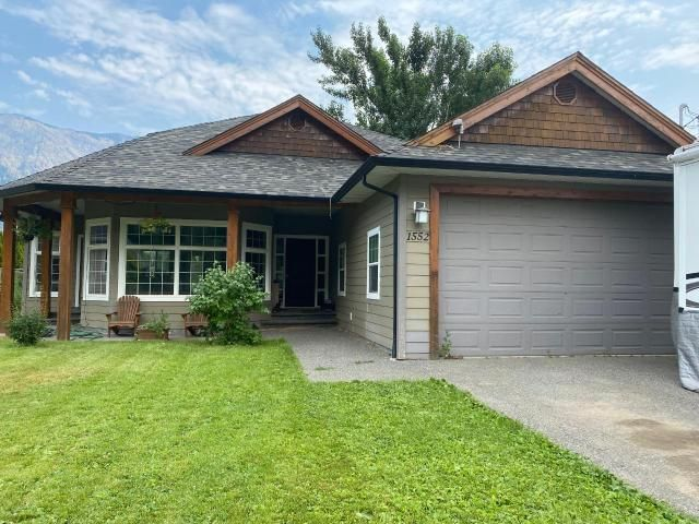 Main Photo: 1552 GARDEN STREET: Lillooet House for sale (South West)  : MLS®# 164189