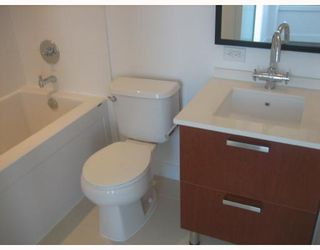 """Photo 10: 3202 1255 SEYMOUR Street in Vancouver: Downtown VW Condo for sale in """"ELAN"""" (Vancouver West)  : MLS®# V711378"""