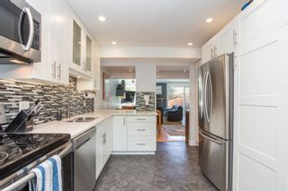 """Photo 7: 802 555 W 28TH Street in North Vancouver: Upper Lonsdale Townhouse for sale in """"CEDARBROOKE VILLAGE"""" : MLS®# R2579091"""