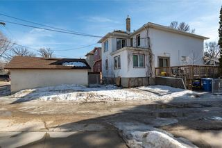 Photo 4: 23 Cobourg Avenue in Winnipeg: East Kildonan Residential for sale (3A)  : MLS®# 202105026