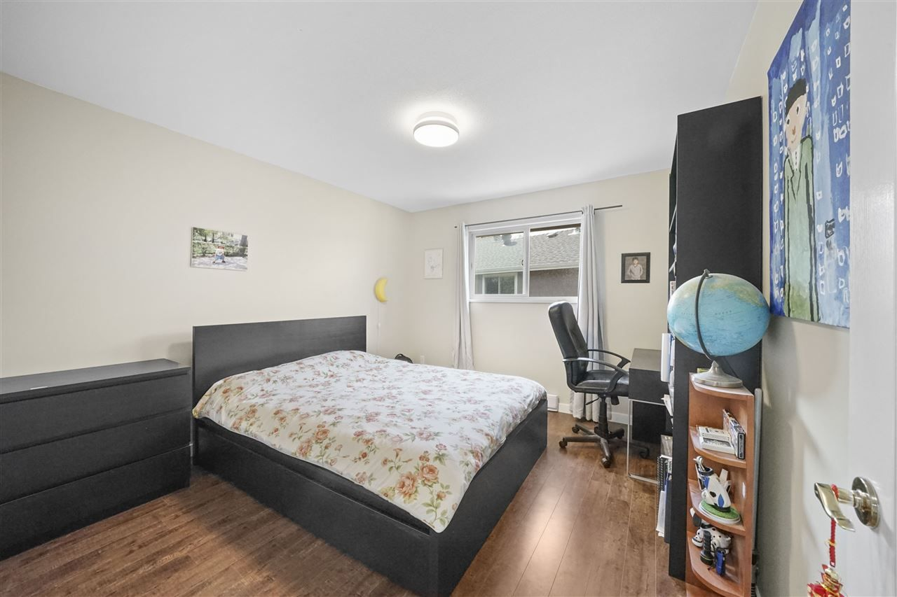 """Photo 10: Photos: 5268 CLIPPER Place in Delta: Neilsen Grove House for sale in """"MARINA GARDENS"""" (Ladner)  : MLS®# R2396213"""