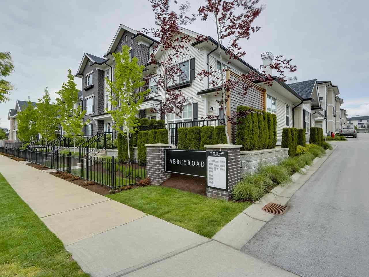 """Main Photo: 9 2469 164 Street in Surrey: Grandview Surrey Townhouse for sale in """"Abby Road"""" (South Surrey White Rock)  : MLS®# R2063728"""