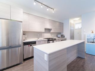 Photo 7: 49 6965 HASTINGS Street in Burnaby: Sperling-Duthie Townhouse for sale (Burnaby North)  : MLS®# R2535989