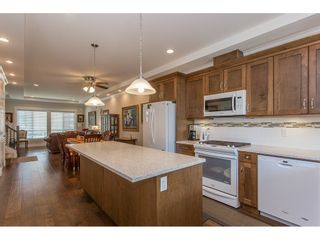 """Photo 4: 8615 CEDAR Street in Mission: Mission BC Condo for sale in """"Cedar Valley Row Homes"""" : MLS®# R2199726"""