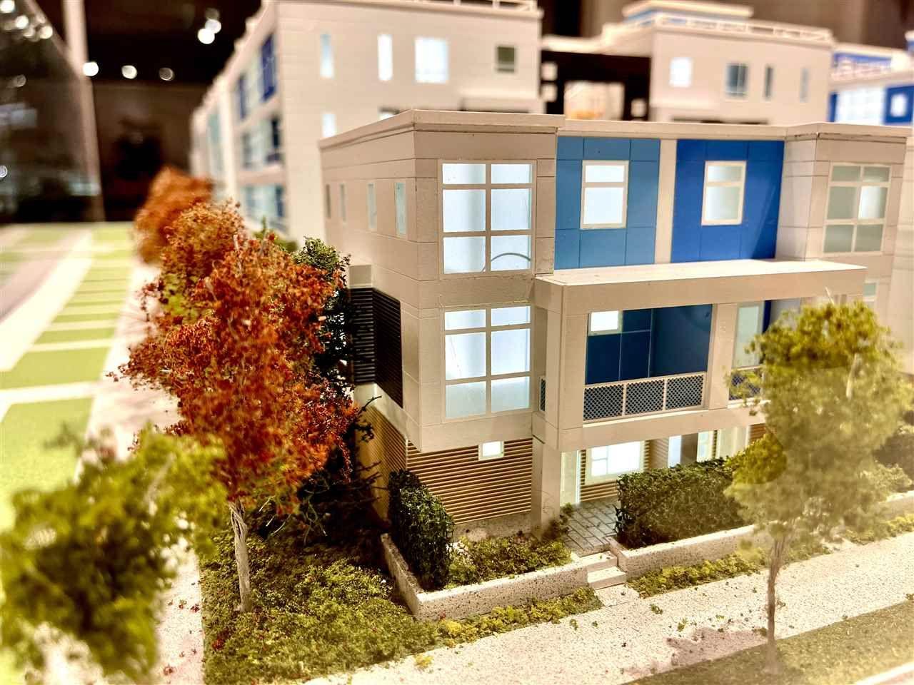 """Main Photo: SL77 10333 RIVER Drive in Richmond: Bridgeport RI Townhouse for sale in """"PARC PORTOFINO"""" : MLS®# R2543168"""