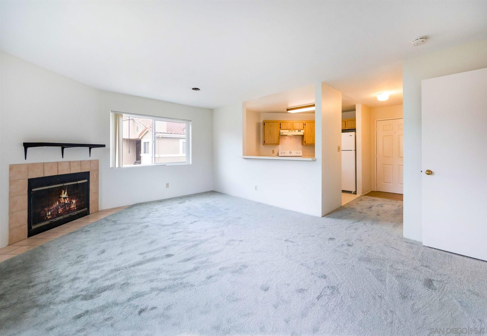 Main Photo: SAN DIEGO Condo for sale : 1 bedrooms : 7405 Charmant Dr #2310