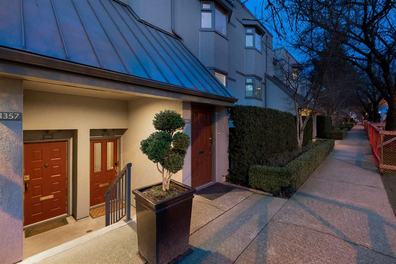 """Main Photo: 1355 W 8TH Avenue in Vancouver: Fairview VW Townhouse for sale in """"FAIRVIEW VILLAGE"""" (Vancouver West)  : MLS®# R2540948"""