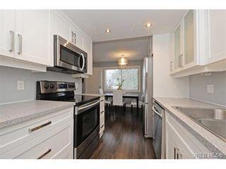 Photo 4: 6 3235 Alder St in VICTORIA: SE Quadra Row/Townhouse for sale (Saanich East)  : MLS®# 750435