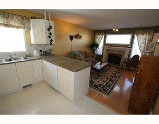 Photo 3:  in CALGARY: Chaparral Residential Attached for sale (Calgary)  : MLS®# C3275588