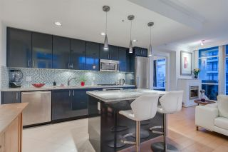 """Photo 4: 808 172 VICTORY SHIP Way in North Vancouver: Lower Lonsdale Condo for sale in """"Atrium East"""" : MLS®# R2432389"""