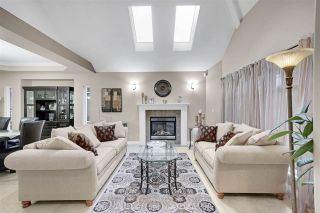 Photo 2: 3248 OGILVIE CRESCENT in Port Coquitlam: Woodland Acres PQ House for sale : MLS®# R2510367