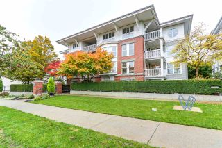 "Photo 1: 202 1858 W 5TH Avenue in Vancouver: Kitsilano Condo for sale in ""GREENWICH"" (Vancouver West)  : MLS®# R2217011"