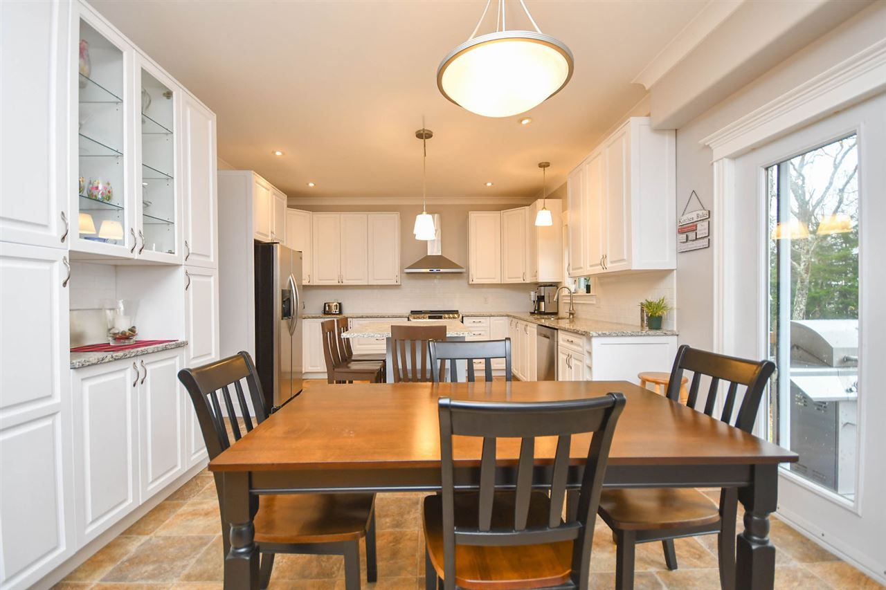 Photo 7: Photos: 154 Taylor Drive in Windsor Junction: 30-Waverley, Fall River, Oakfield Residential for sale (Halifax-Dartmouth)  : MLS®# 202022857