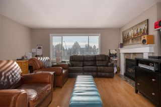 Photo 4: 20437 DALE DRIVE in Maple Ridge: Southwest Maple Ridge House for sale : MLS®# R2531682