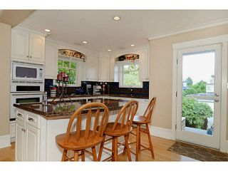 """Photo 2: 3287 W 22ND Avenue in Vancouver: Dunbar House for sale in """"N"""" (Vancouver West)  : MLS®# V1021396"""