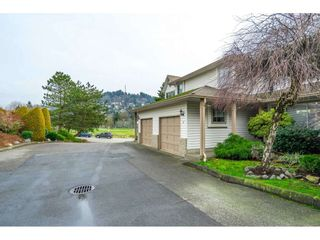 Photo 4: 2 2575 MCADAM Road in Abbotsford: Abbotsford East Townhouse for sale : MLS®# R2530109