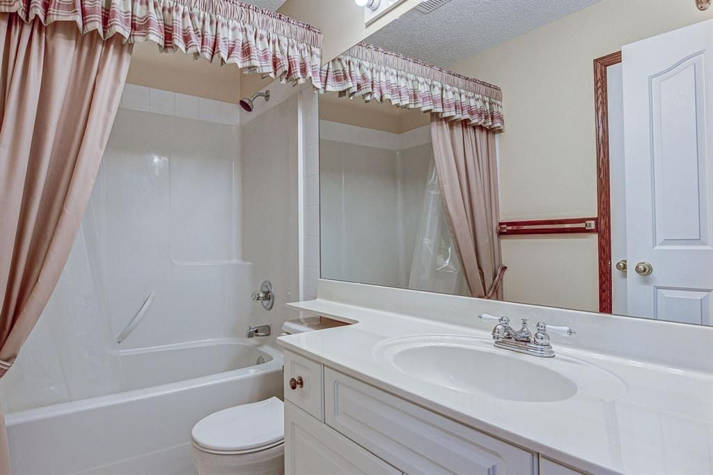 Photo 21: Photos: 127 Bridlewood Circle SW in Calgary: Bridlewood Detached for sale : MLS®# A1123607