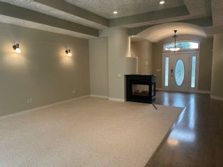 Photo 3: 939 HEACOCK Road in Edmonton: Zone 14 House for sale : MLS®# E4262923