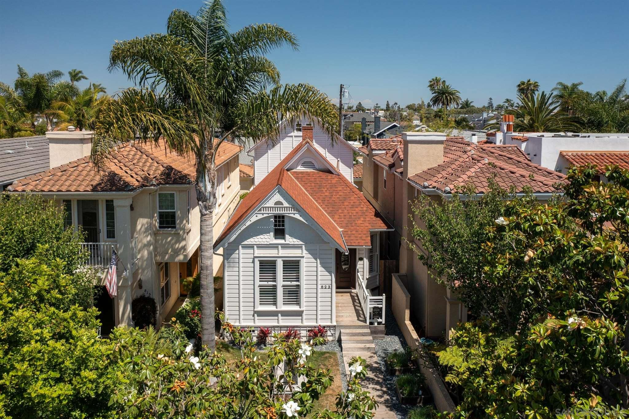 Main Photo: House for sale : 3 bedrooms : 823 H Ave in Coronado