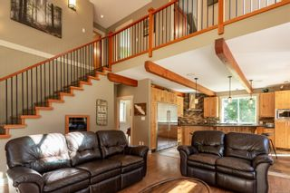 Photo 5: 3815 Woodland Dr in : CR Campbell River South House for sale (Campbell River)  : MLS®# 871197