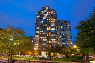 """Photo 30: 1905 1188 RICHARDS Street in Vancouver: Yaletown Condo for sale in """"PARK PLAZA"""" (Vancouver West)  : MLS®# R2508576"""
