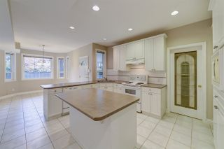 """Photo 28: 211 PARKSIDE Drive in Port Moody: Heritage Mountain House for sale in """"Heritage Mountain"""" : MLS®# R2517068"""
