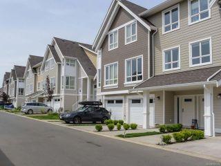 Photo 1: 30 700 Lancaster Way in COMOX: CV Comox (Town of) Row/Townhouse for sale (Comox Valley)  : MLS®# 732092
