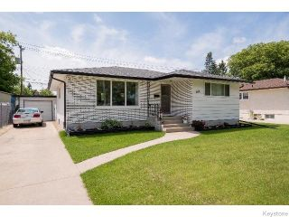 Photo 1: 586 Oakland Avenue in WINNIPEG: North Kildonan Residential for sale (North East Winnipeg)  : MLS®# 1517789