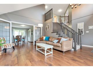 Photo 5: 4136 BELANGER Drive in Abbotsford: Abbotsford East House for sale : MLS®# R2567700