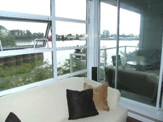 """Photo 2: 310 1990 E KENT Avenue in Vancouver: Fraserview VE Condo for sale in """"Harbour House"""" (Vancouver East)  : MLS®# V775998"""