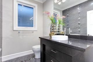 "Photo 24: 15765 PACIFIC Avenue: White Rock House for sale in ""White Rock"" (South Surrey White Rock)  : MLS®# R2511495"