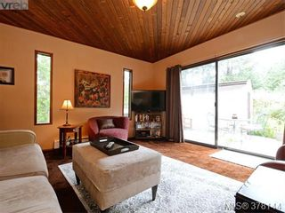 Photo 3: 144 2500 Florence Lake Rd in VICTORIA: La Florence Lake Manufactured Home for sale (Langford)  : MLS®# 759327