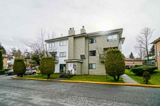 """Main Photo: 203 7131 133A Street in Surrey: West Newton Townhouse for sale in """"Suncreek Estates"""" : MLS®# R2543319"""