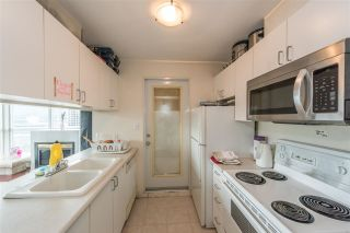 """Photo 14: 3103 438 SEYMOUR Street in Vancouver: Downtown VW Condo for sale in """"CONFERENCE PLAZA"""" (Vancouver West)  : MLS®# R2163076"""