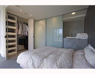 """Photo 6: 1807 1238 RICHARDS Street in Vancouver: Downtown VW Condo for sale in """"METROPOLIS"""" (Vancouver West)  : MLS®# V799758"""