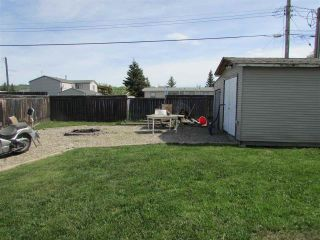 Photo 13: 10479 99 Street: Taylor Manufactured Home for sale (Fort St. John (Zone 60))  : MLS®# R2272115