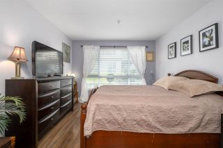 "Photo 10: 113 1242 TOWN CENTRE Boulevard in Coquitlam: Canyon Springs Condo for sale in ""THE KENNEDY"" : MLS®# R2550954"